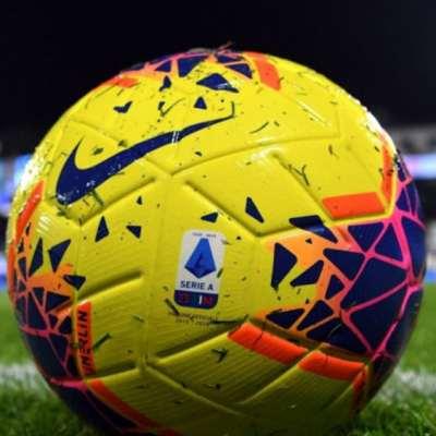 الدوري الإيطالي «ينازع» بسبب كورونا