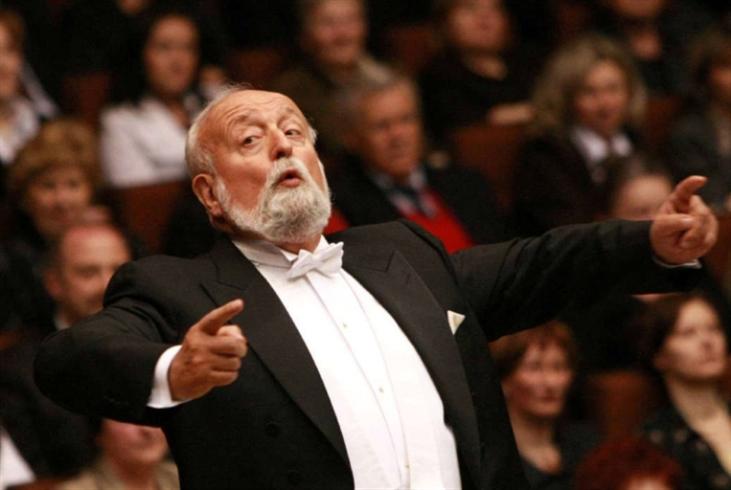 كريستوف بنديرتسكي... أحد أعمدة الموسيقى البولونية