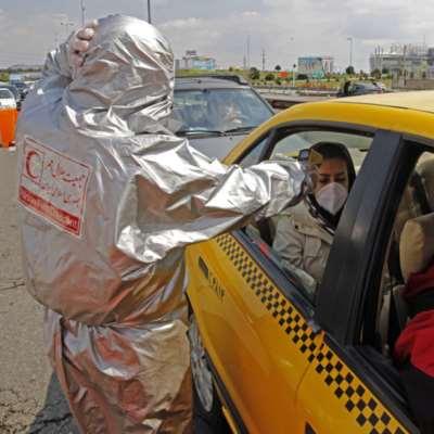 واشنطن «تدرس تخفيف العقوبات»... ومواد طبية أوروبية وصلت إلى طهران