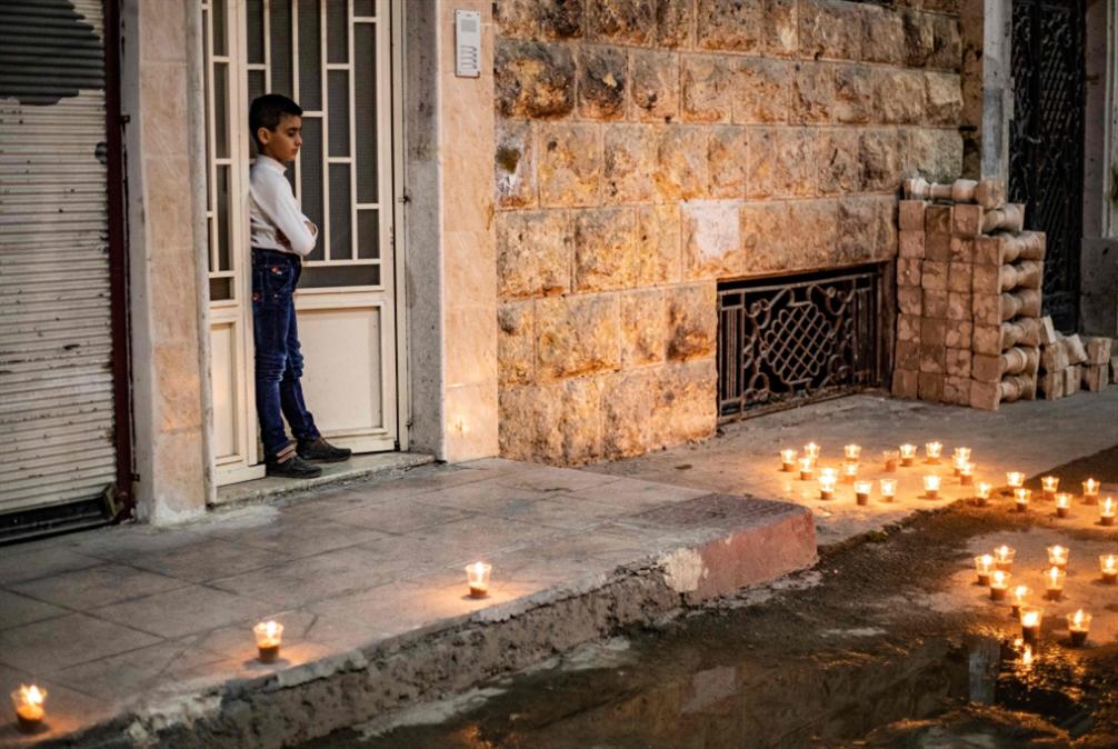 أعياد وصلوات السوريين على «فايسبوك»: كل البيوت كنائس