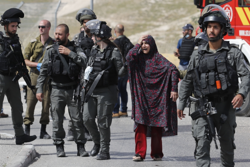 شهيدان فلسطينيان: الأول فدائي والثاني أسير