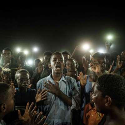 السودان   صراع «الدعم السريع» والجيش: من يكسب الشارع؟
