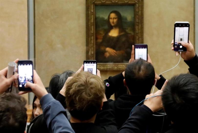 «اللوفر»... 400 ألف زيارة افتراضية