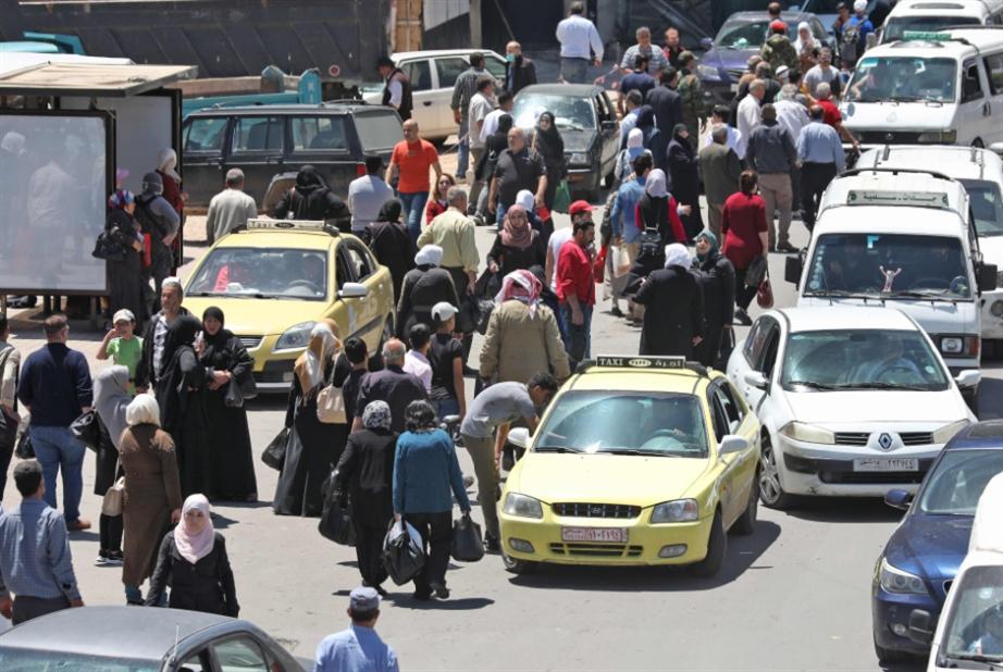 """الجلوس ليس حلّاً لفقراء سوريا في زمن """"كورونا"""""""