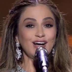 جوليا تغني النصر والتحرير على... mtv