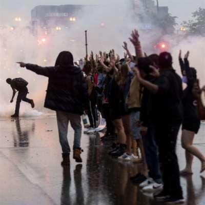 مقتل أميركي أسود يشعل مينيابوليس