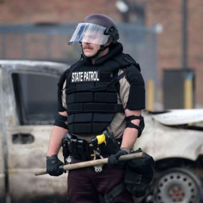 مينيسوتا تستعين بالحرس الوطني بعد ليلة عنف