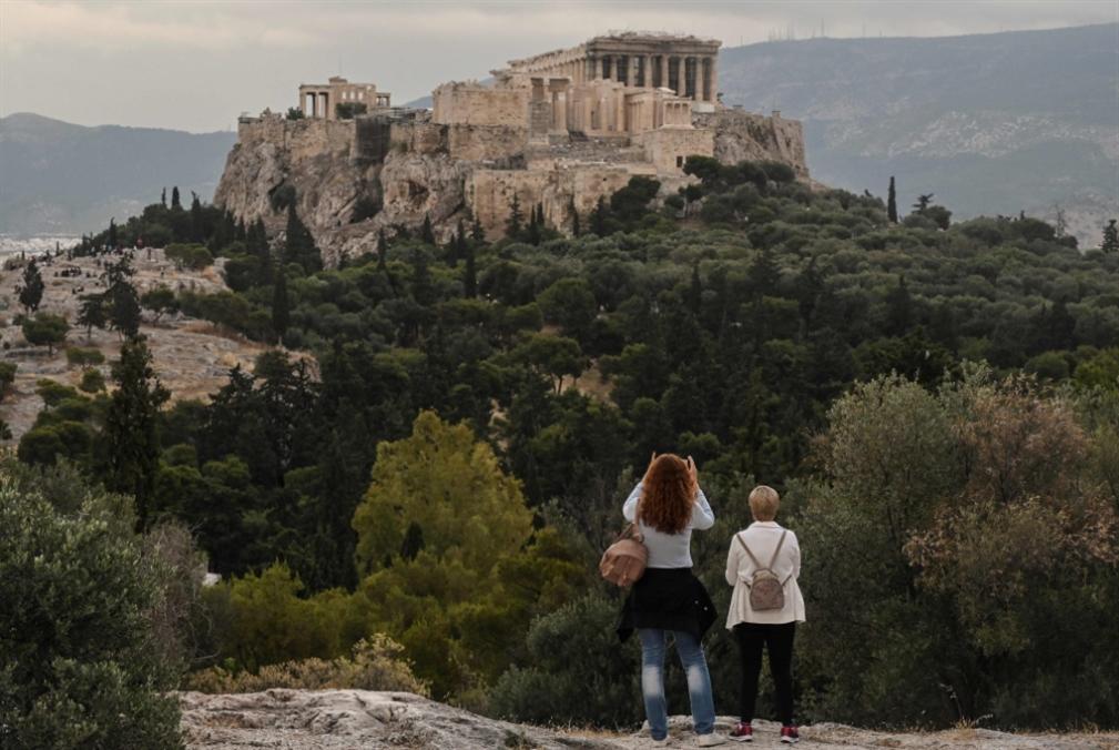 كيف تخطّط اليونان لاستقبال السيّاح في الشهرين المقبلين؟