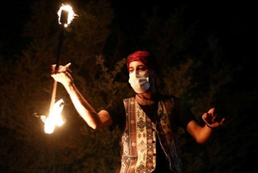 بالنار والموسيقى... بهجة رمضان في القدس
