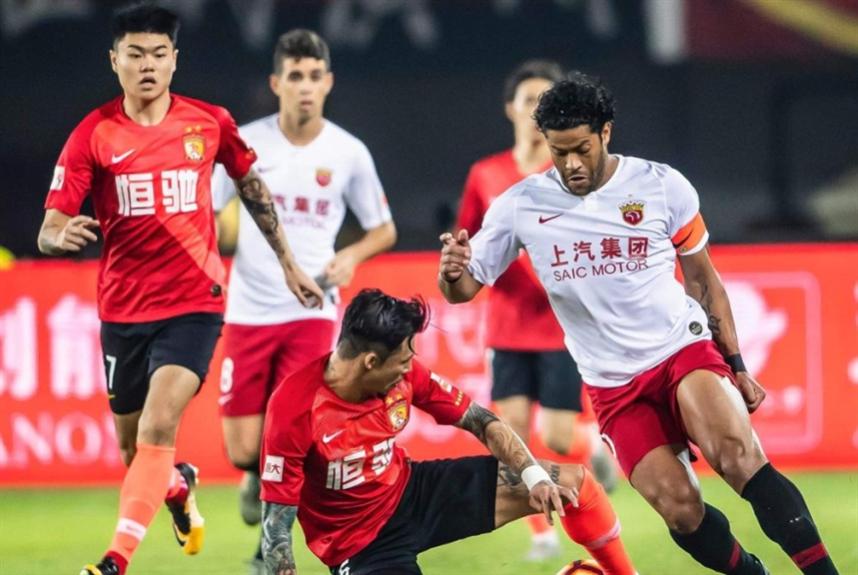 الدوري الصيني من دون أجانب الشهر المقبل