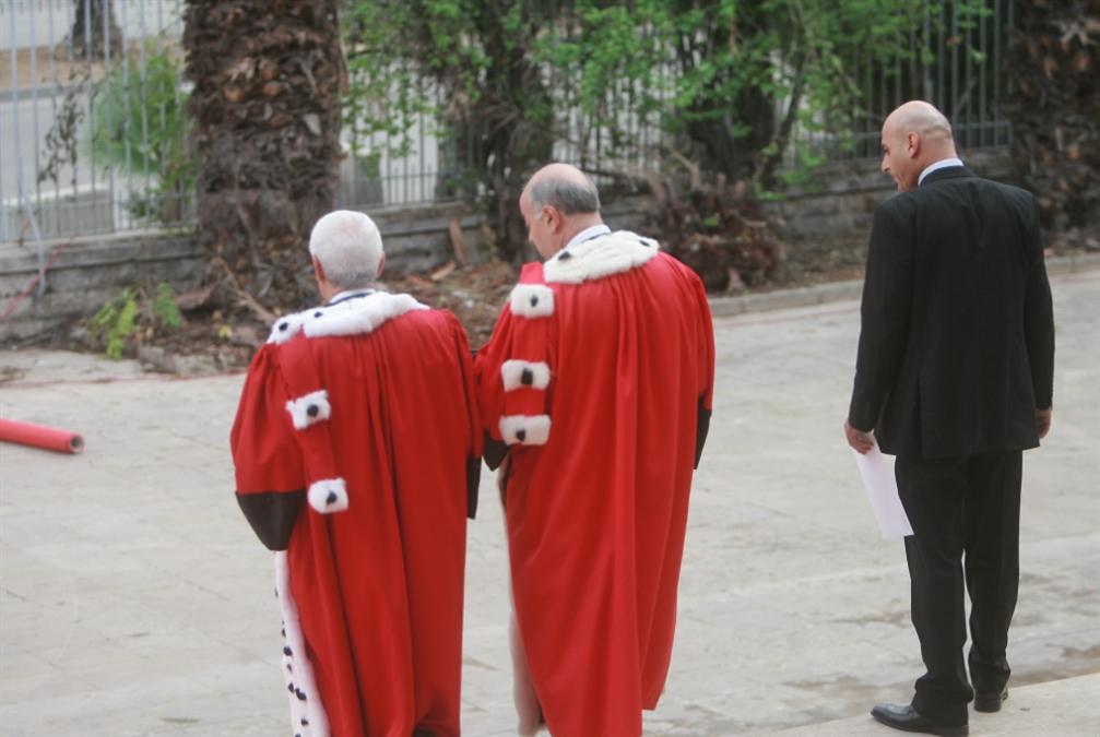 قانون منع انتداب القضاة: من يختار الإدارة العامّة يخسر صفة القاضي؟