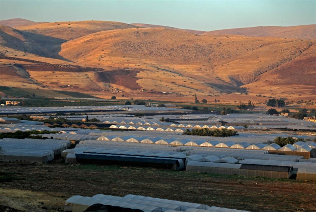 «زوبعة» إسرائيلية حول التميمي: مقايضة المساعدات بتسليمها؟