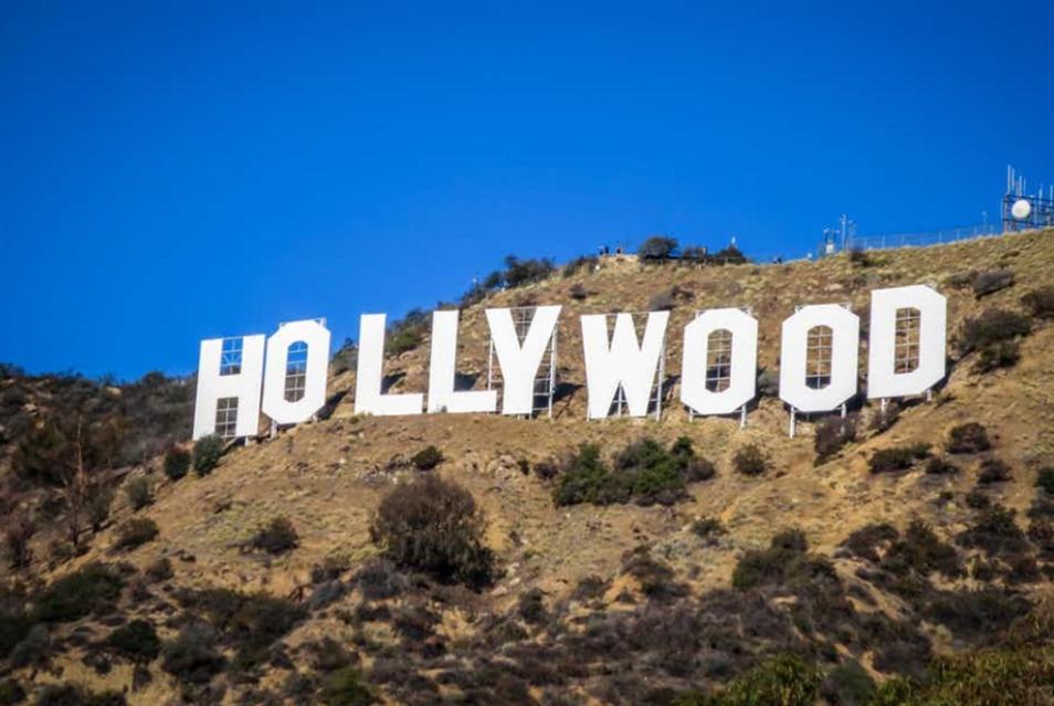 هل تتخلى هوليوود عن مشاهد الأكشن والحميمية؟