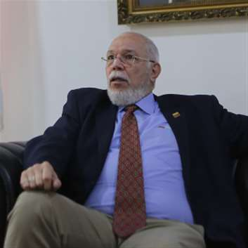 سفير فنزويلا لدى لبنان:  لا مفاوضات طالما ترامب رئيساً