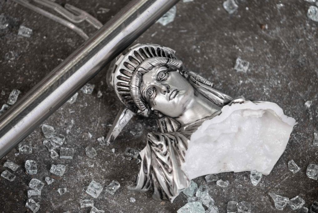 حظر تجوال ليلي في نيويورك: التظاهرات أخطر من   «كورونا»