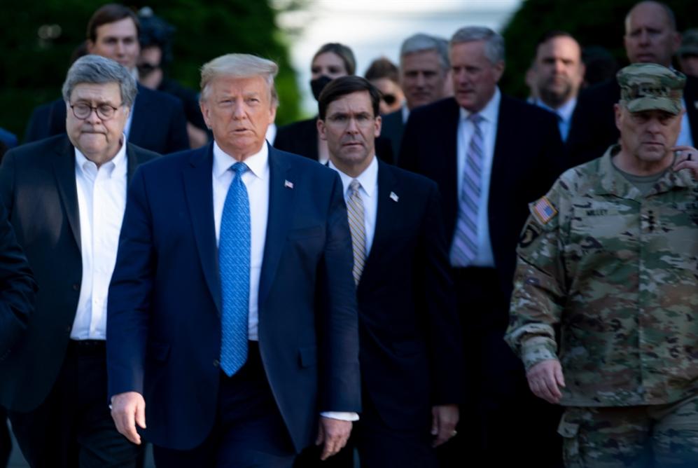 إسبر يخالف ترامب: لتحييد العسكر عن الاحتجاجات