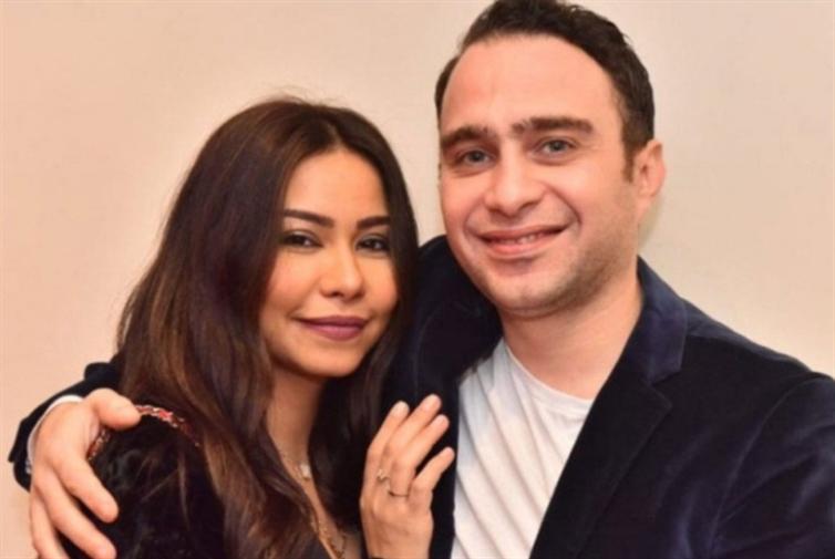 الإعلام المصري مشغول: نيللي تزوجت وشيرين تطلّقت!