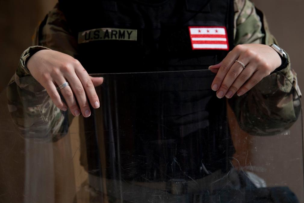 الحرس الوطني يتراجع في واشنطن... وجبهة جديدة لترامب مع ألمانيا!