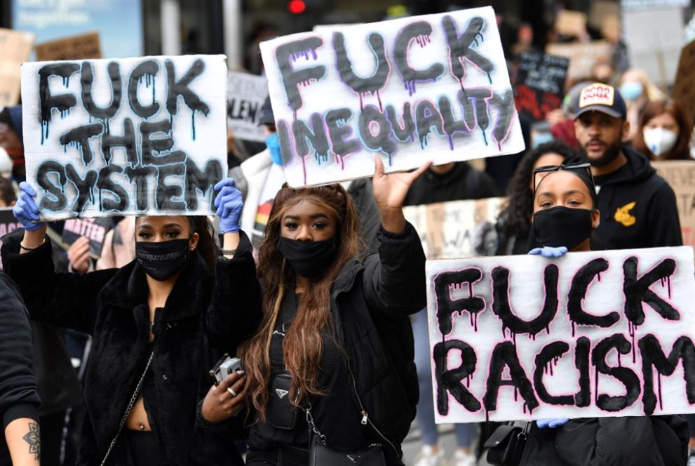الاحتجاجات الأميركية تُثمر: تفكيك شرطة مينيابوليس
