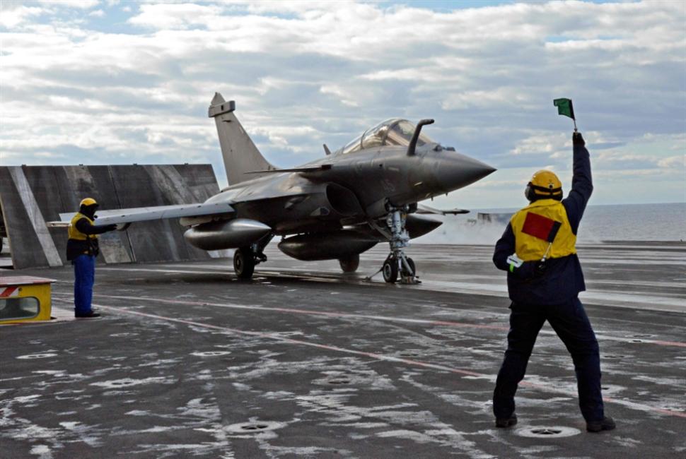الجيش المصري ينفّذ محاكاة للحرب في ليبيا