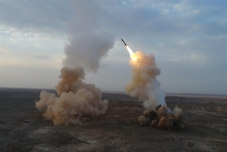 رسائل مناورات الحرس الثوري: إيران تزرع أرضها صواريخ بالستية