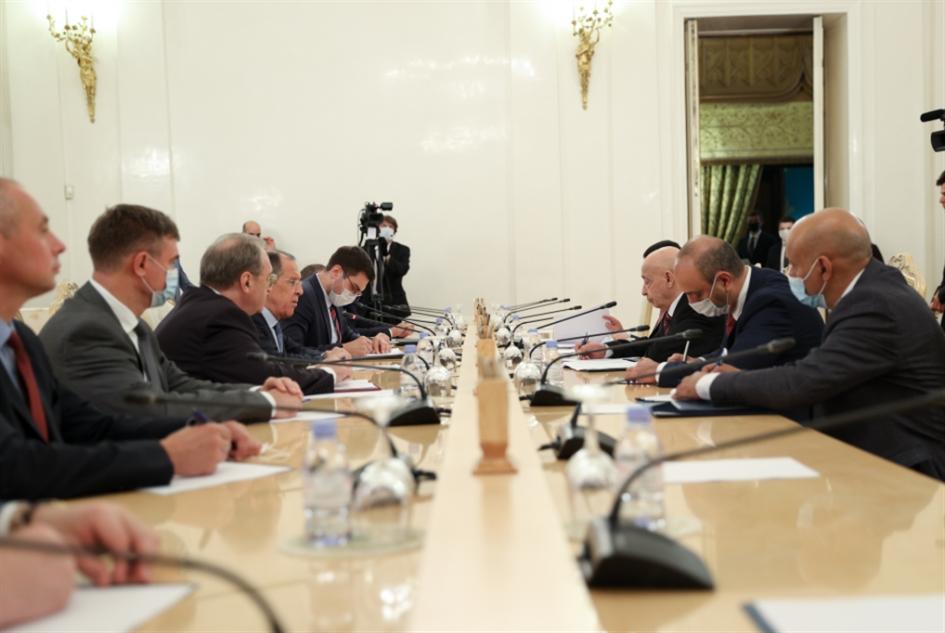 موسكو تستقبل عقيلة صالح... وتعيد سفارتها إلى ليبيا من بوابة تونس