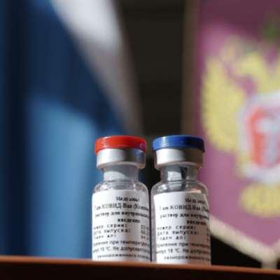 اللقاح الروسي على طريق التصنيع: «سبوتنيك» الأول في الفضاء... وعلى الأرض
