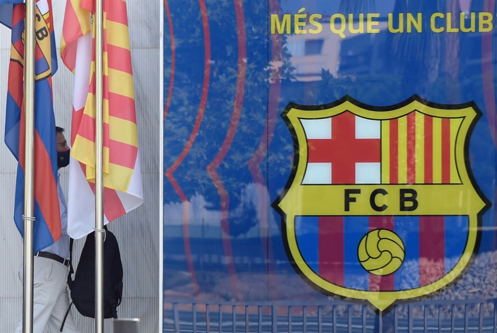 ما بعد الفضيحة... برشلونة «يرقّع» بالمدرب رونالد كومان!