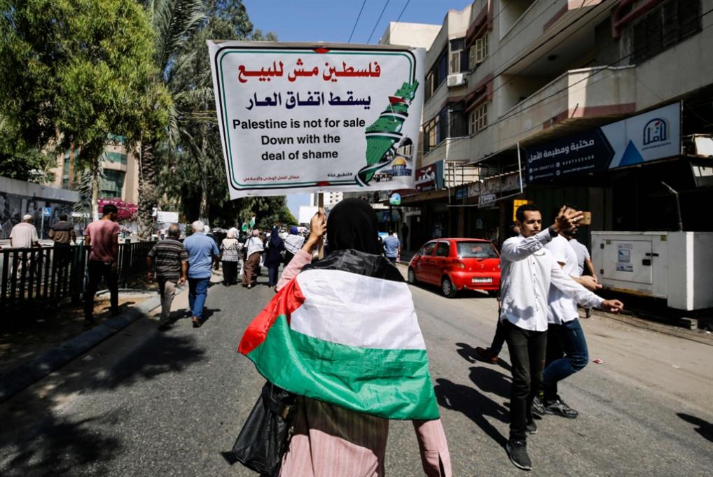 تفاصيل دسمة عن تاريخ العلاقات: سفارة إسرائيلية في أبو ظبي منذ 2017!