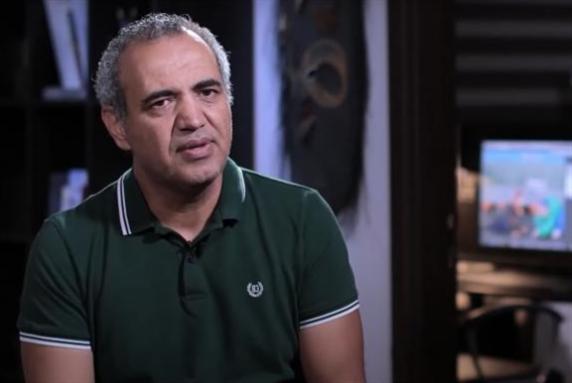 عماد حجاج متّهم بـ «تعكير العلاقات مع دولة شقيقة»!