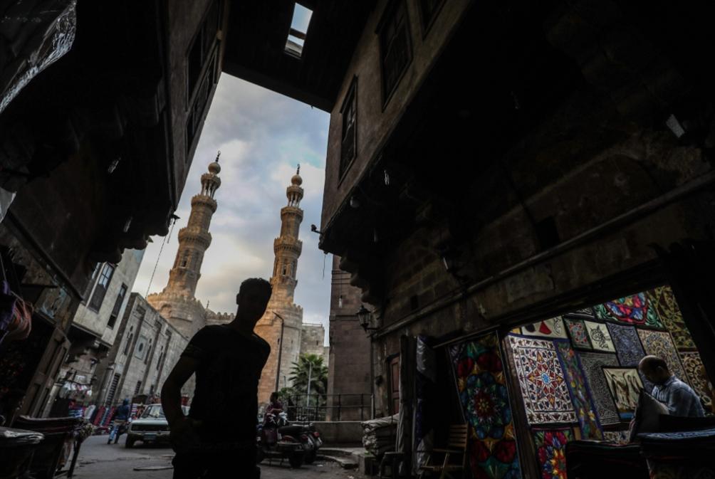 محمد علي يجدّد الدعوة إلى التظاهر... والنظام يستنفر «احترازياً»