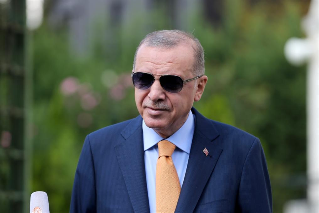 التوتر التركي - اليوناني: مرونة فرنسية في انتظار قمّة بروكسل