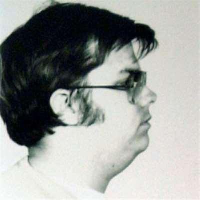 مارك تشابمان عن قتل جون لينون: فعل خسيس!