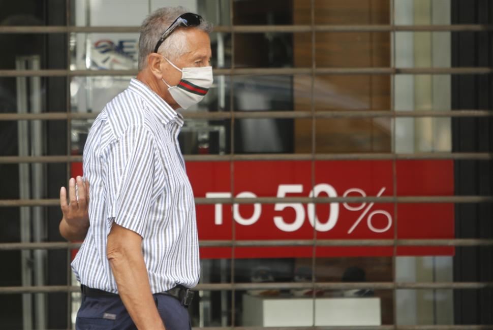 المستشفيات نحو تسعير الدولار بـ 4000 ليرة؟ إصابات لبنان اليومية بين الأعلى عالمياً