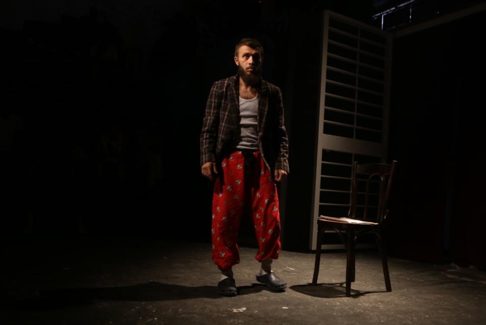 الوثائقيّ الثالث عن السجون اللبنانيّة بعد «12 لبناني غاضب» و«يوميات شهرزاد» | زينة دكّاش: يوميّات «الجنون» في «البيت الأزرق»