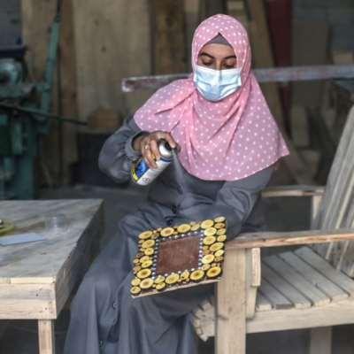 تسارع الترتيبات للاستحقاق الانتخابي: رواتب كاملة لموظّفي غزة قريباً؟