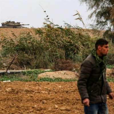 قنّاص يتصدّى لتوغل الاحتلال جنوبي القطاع