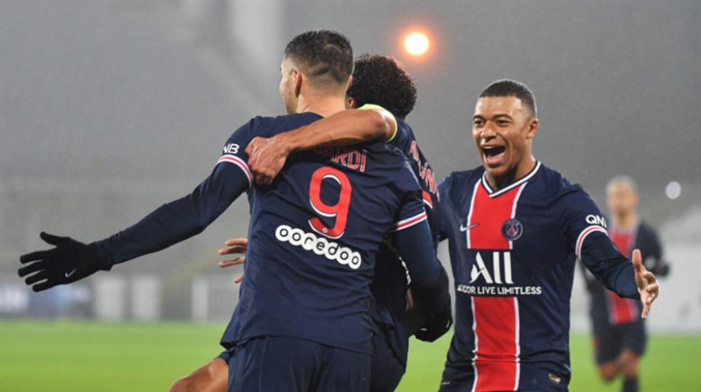 صورة معنويات مرتفعة في باريس بعد الفوز بالكأس