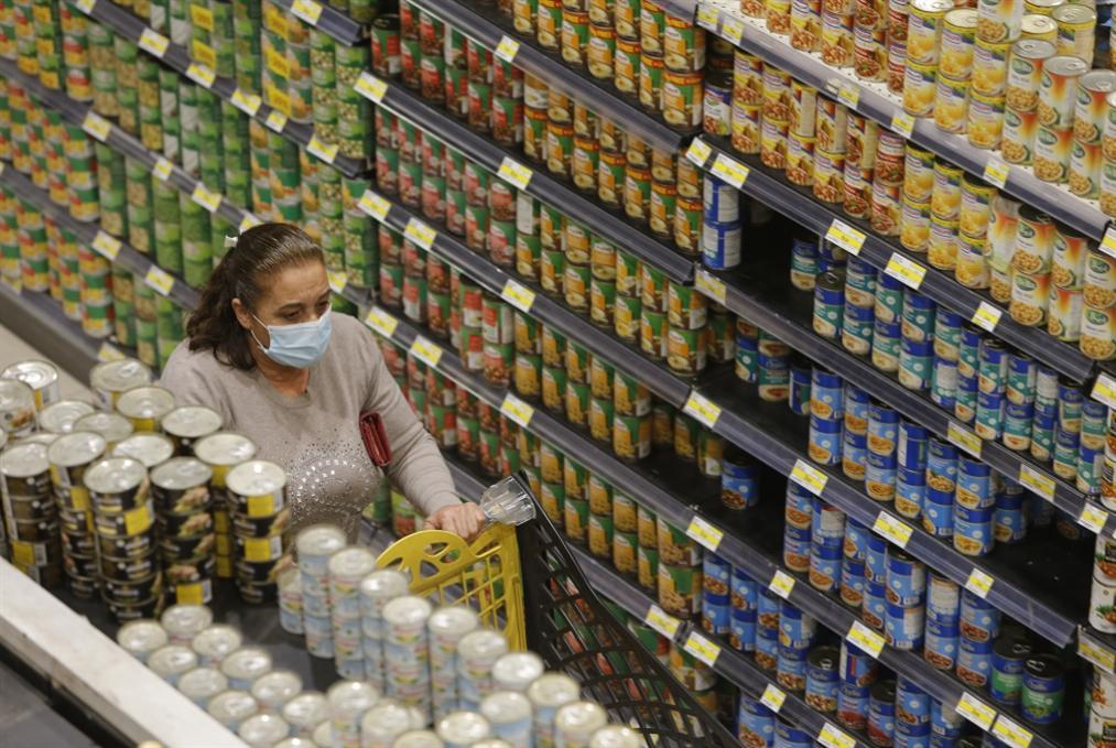 الأسعار بين السلع اللبنانية المصدّرة والأجنبيّة يصل إلى 500%: جشع التجار يضيّع فرص تنمية   الصادرات