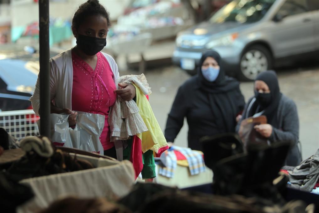 المالكون vs المستأجرون: إخلاءات قسرية وعنف ضد العمال الأجانب واللاجئين