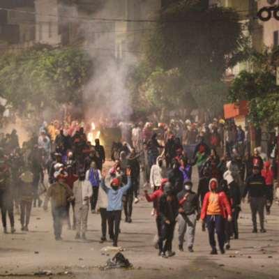تونس | «احتجاجات كانون» متواصلة... وسعيّد يبرّئ «اليهود»