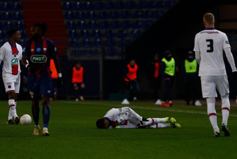 اصابة نيمار تبعده عن مواجهة برشلونة