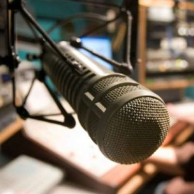 الإذاعة في يومها العالمي صامدة رغم التحديات