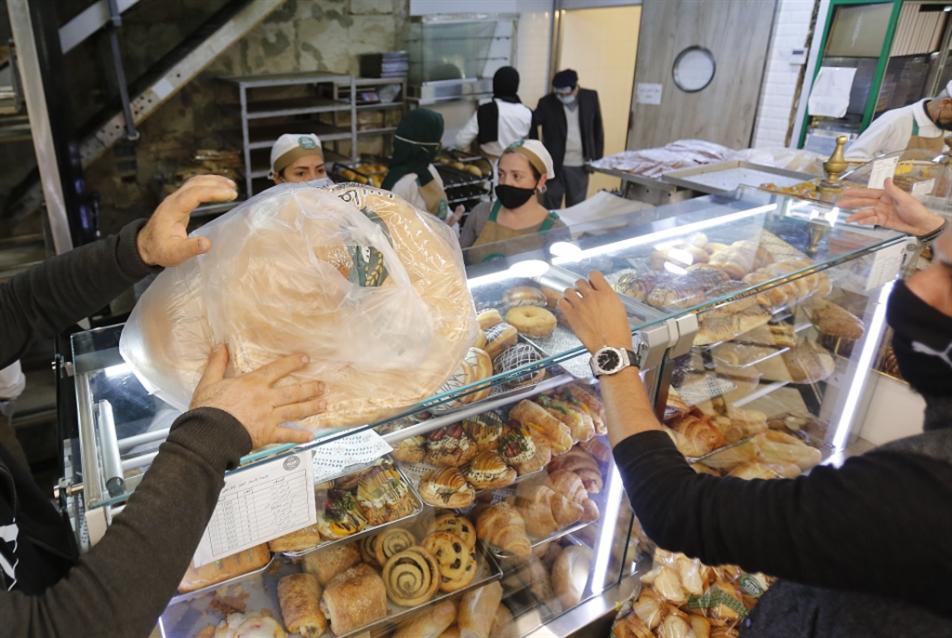 نعمة وكارتيل الأفران «يكدشون» لقمة جديدة من رغيف الخبز