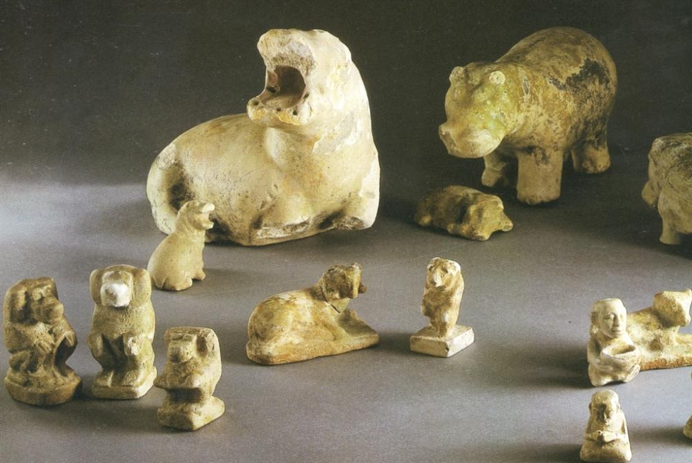 تماثيل الـ «فَييانزي» في جبيل الكنعانيّة: مَن صنعها وما معناها؟