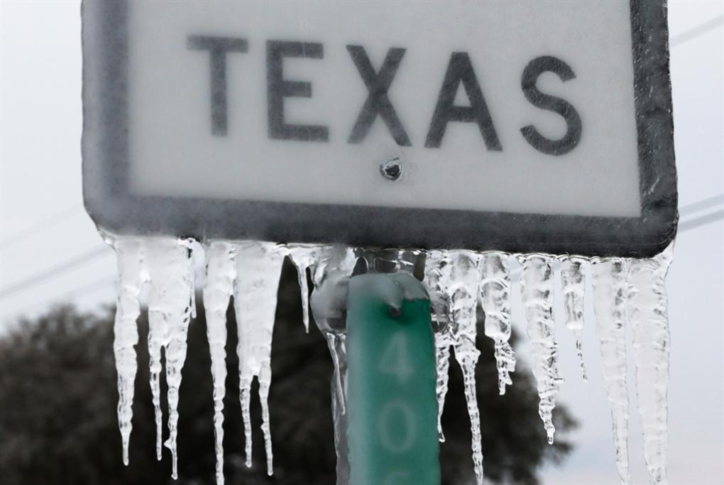 تكساس... فاتحة «مصائب» عهد بايدن