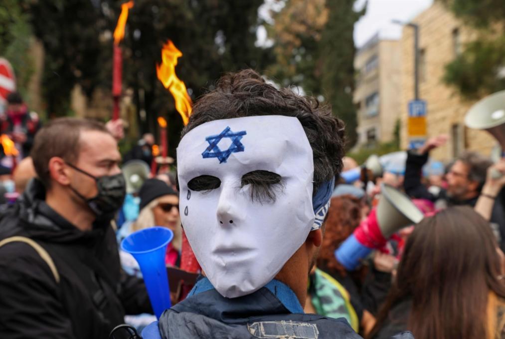 30 يوماً قبل الانتخابات الإسرائيلية: اليمين متشرذم ونتنياهو الأقوى!