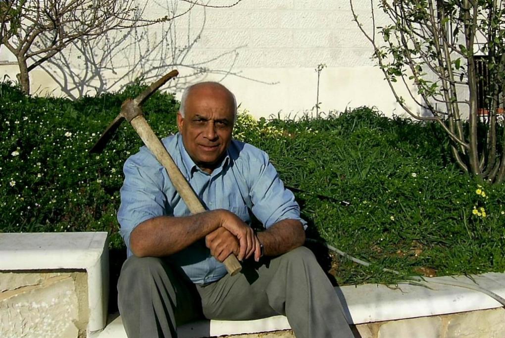 عبد الستار قاسم: قاتَل «أوسلو» وهَزَم الرصاص بالكلمة