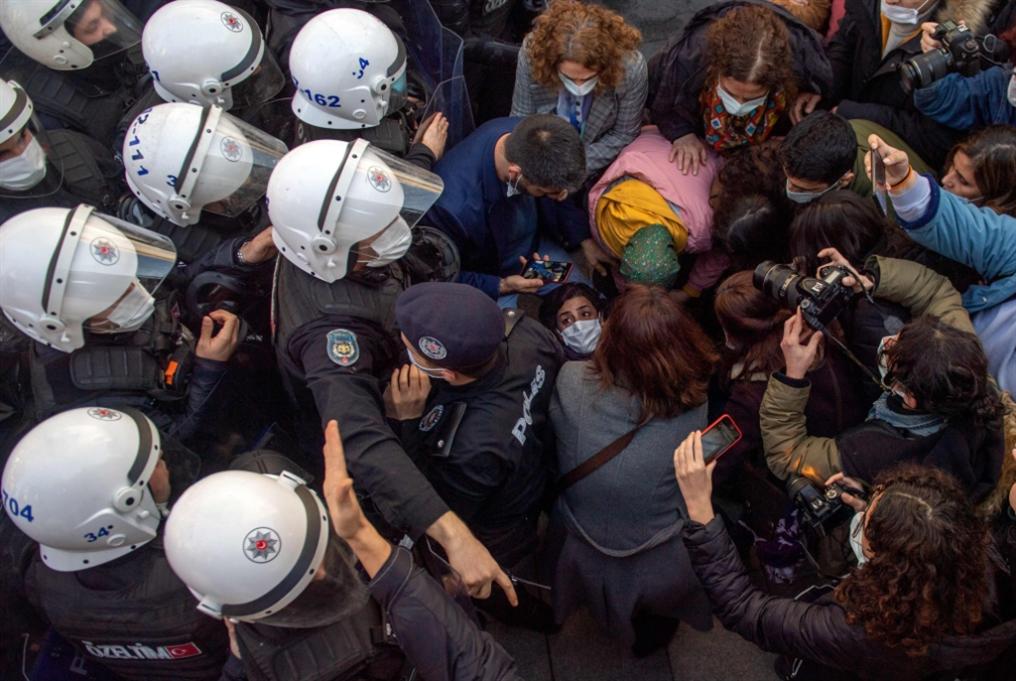 توسّع احتجاجات إسطنبول: «العدالة   والتنمية» لا يتنازل