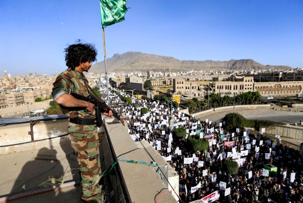 خطوة واشنطن التالية في اليمن: العمل مع أبو ظبي لإخراج الرياض